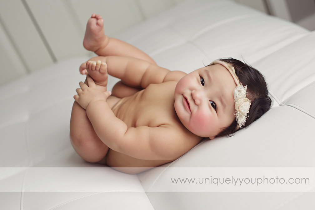 studio-baby-photography-session